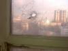 einschusloch-eines-scharfschutzen-im-12-stock-des-hotels-ukraina1